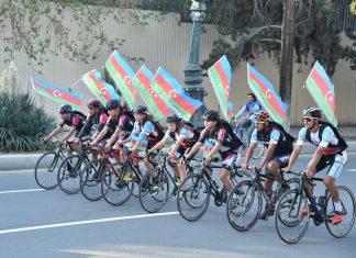 Gəncə şəhərində velosiped yürüşü